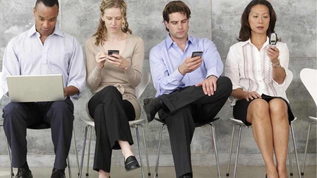 Интернет и мобилната зависимост