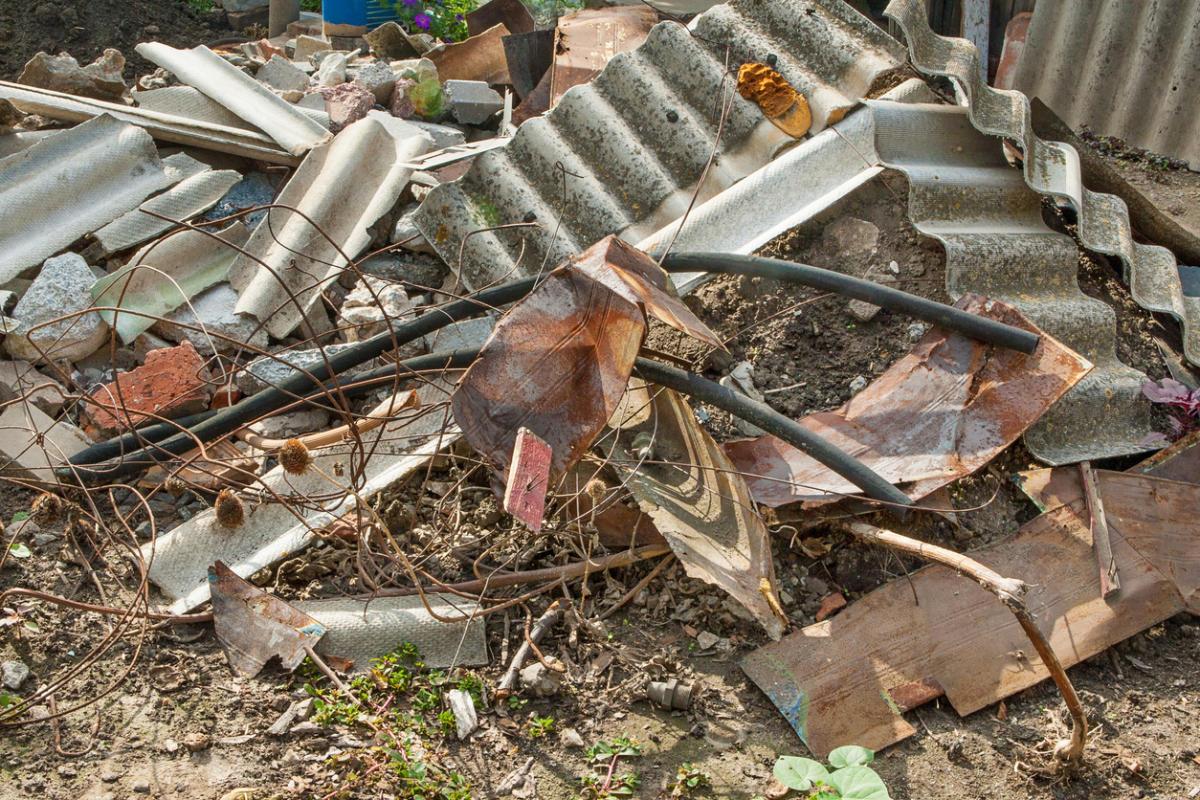 Какво се случва с боклука, натрупан от години
